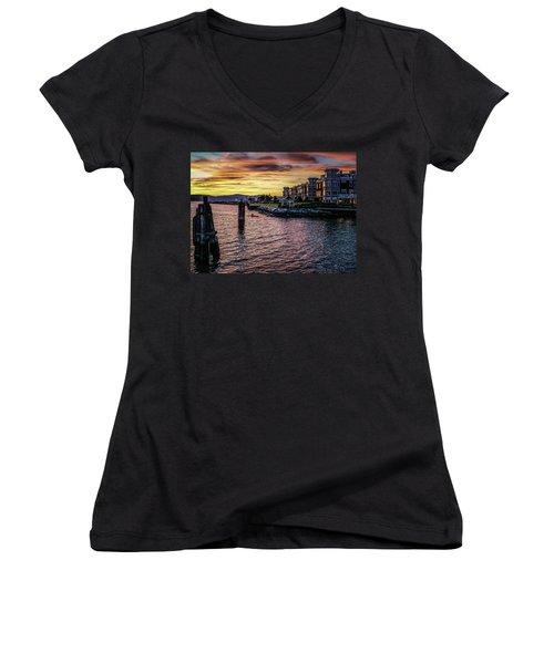 Dramatic Hudson River Sunset Women's V-Neck T-Shirt (Junior Cut) by Jeffrey Friedkin