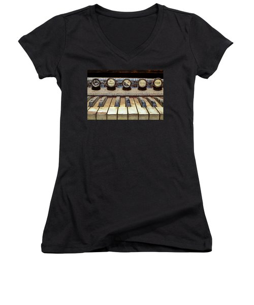 Dusty Old Keyboard Women's V-Neck (Athletic Fit)