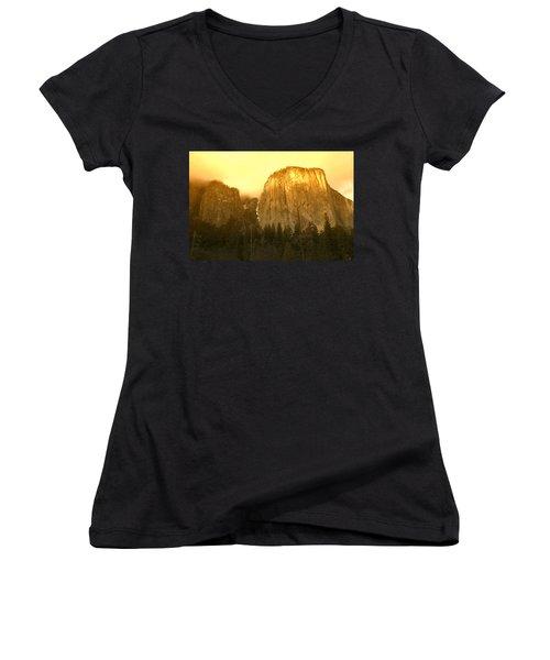 El Capitan Yosemite Valley Women's V-Neck
