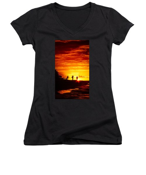 Endless Fiju Women's V-Neck