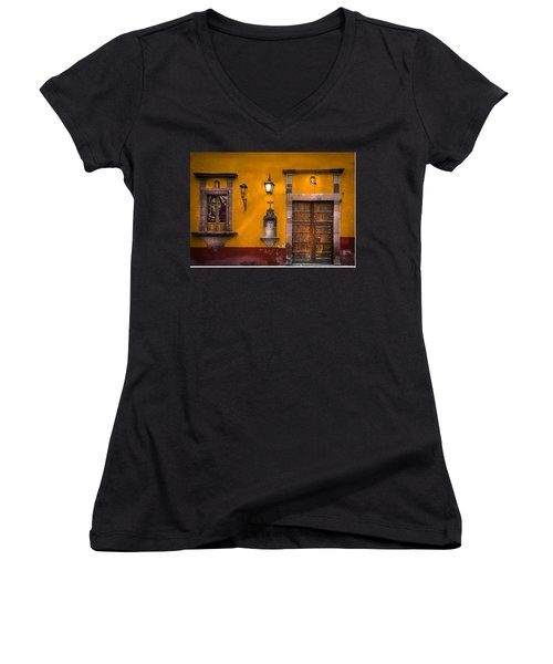 Face In The Window Women's V-Neck (Athletic Fit)