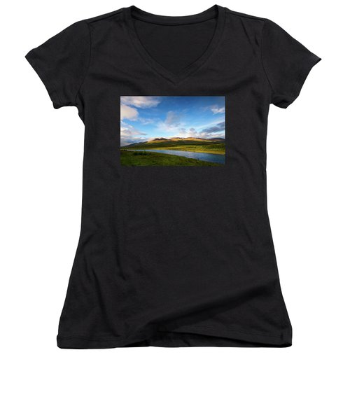 Feel The Warmth Women's V-Neck T-Shirt