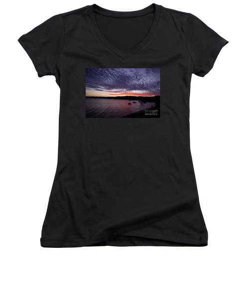 Four Elements Sunset Sequence 7 Coconuts Qld  Women's V-Neck T-Shirt (Junior Cut) by Kerryn Madsen - Pietsch