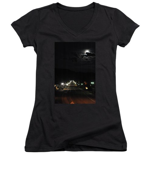 Full Moon Over Red River Women's V-Neck (Athletic Fit)