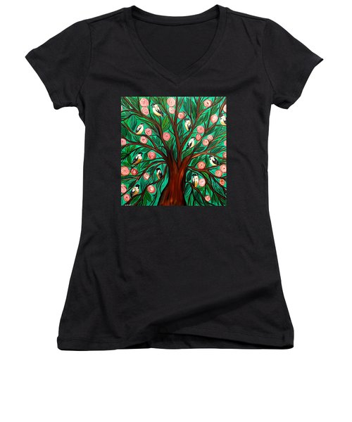 Gathering The Family Women's V-Neck T-Shirt (Junior Cut) by Lisa Aerts