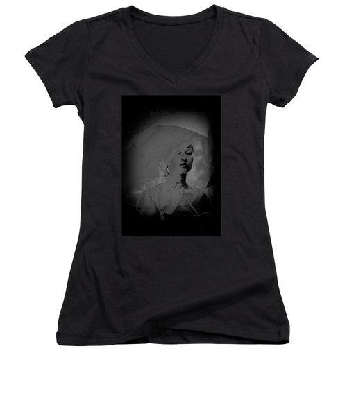 Girl With Umbrella Women's V-Neck T-Shirt
