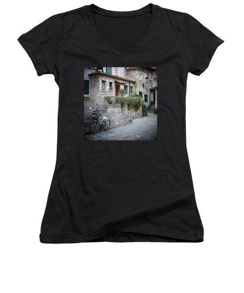 Grado Antica Women's V-Neck T-Shirt (Junior Cut)