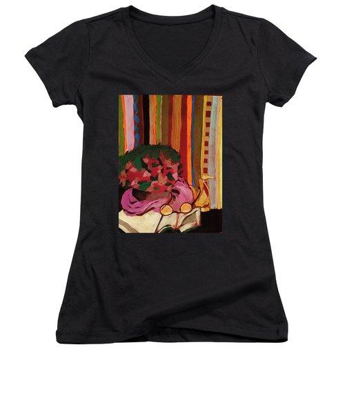 Grandma's Glasses Women's V-Neck T-Shirt (Junior Cut)