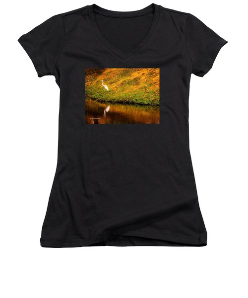Great Egret At The Lake Women's V-Neck