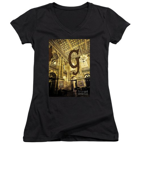 Grungy Melbourne Australia Alphabet Series Letter G Government P Women's V-Neck (Athletic Fit)
