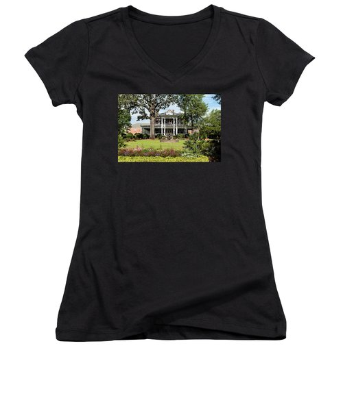 Guignard Mansion Women's V-Neck