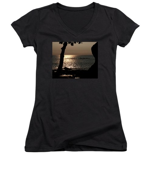 Hawaiian Dugout Canoe Race At Sunset Women's V-Neck T-Shirt