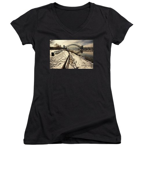 Hellgate Bridge In Winter Women's V-Neck T-Shirt