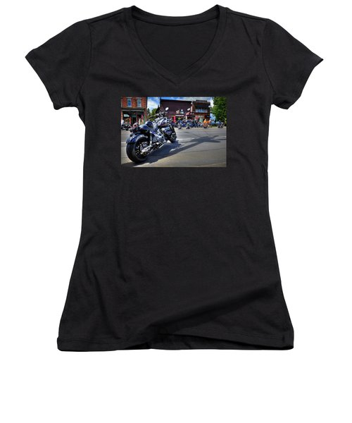Hog Town Women's V-Neck