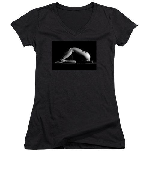 Women's V-Neck T-Shirt (Junior Cut) featuring the photograph Hold It by Joe Kozlowski