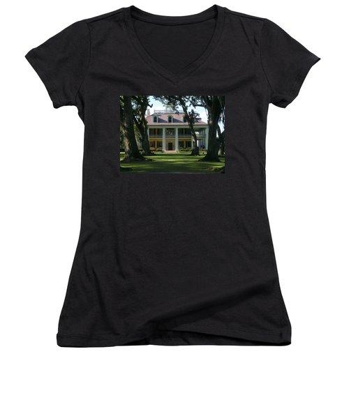 Houmas House Plantation Women's V-Neck (Athletic Fit)