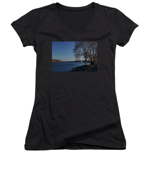 Hudson River With Lighthouse Women's V-Neck