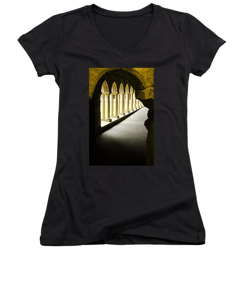Iona Abbey Scotdland Women's V-Neck T-Shirt (Junior Cut) by Sally Ross