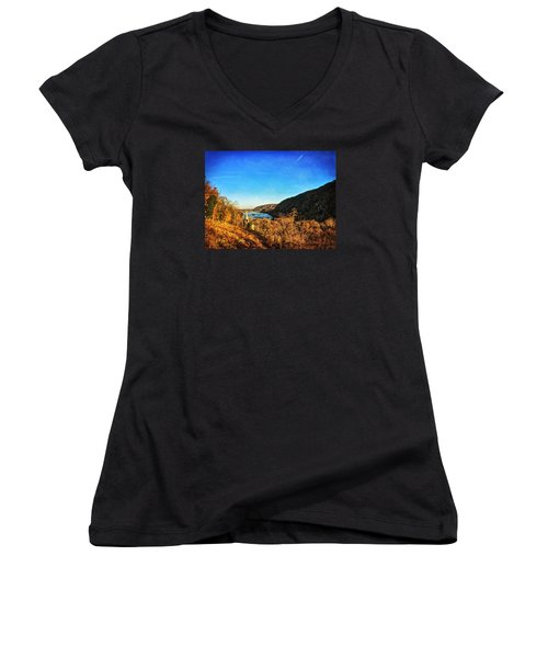 Jefferson Rock Women's V-Neck