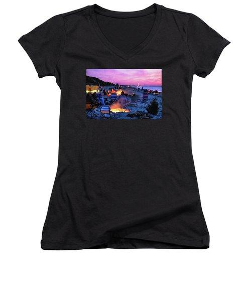 July Fourth 2016 Women's V-Neck T-Shirt