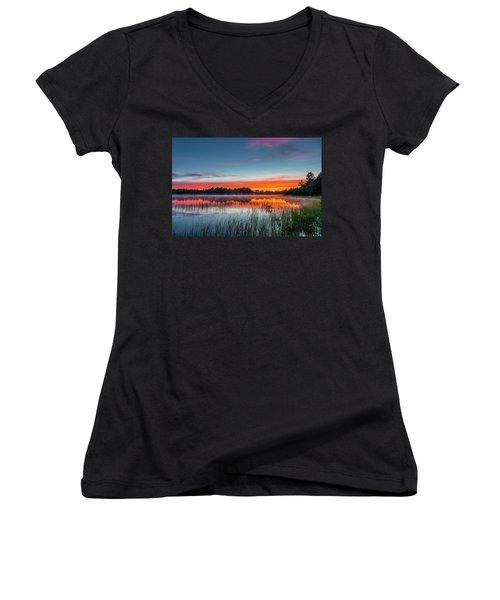Kingston Lake Sunset Women's V-Neck