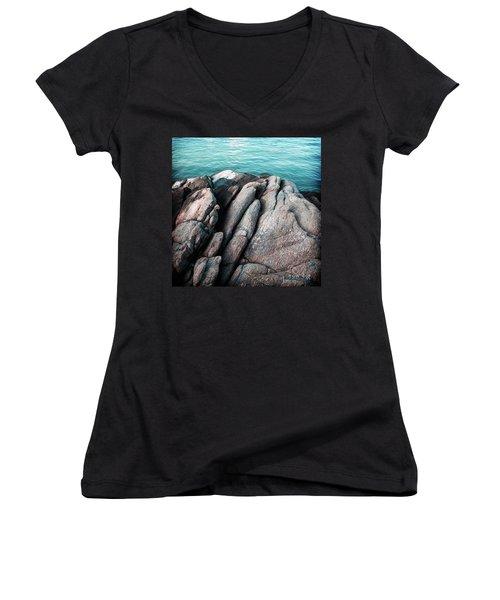 Ko Samet Rocks Women's V-Neck T-Shirt (Junior Cut) by Joseph Westrupp