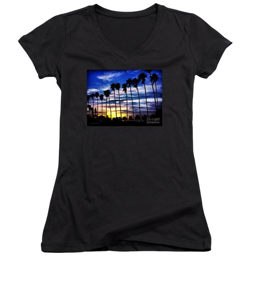La Jolla Silhouette - Digital Painting Women's V-Neck T-Shirt