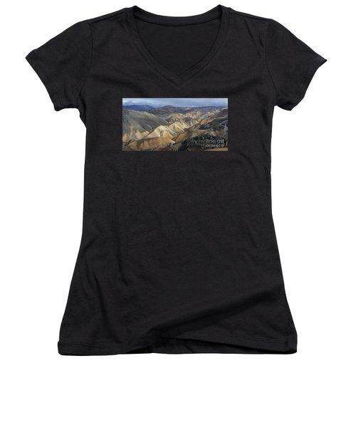 Landmannalaugar Rhyolite Mountains Iceland Women's V-Neck T-Shirt