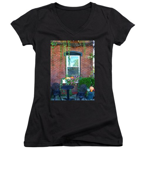 Lanier Winery Bistro Table Women's V-Neck T-Shirt