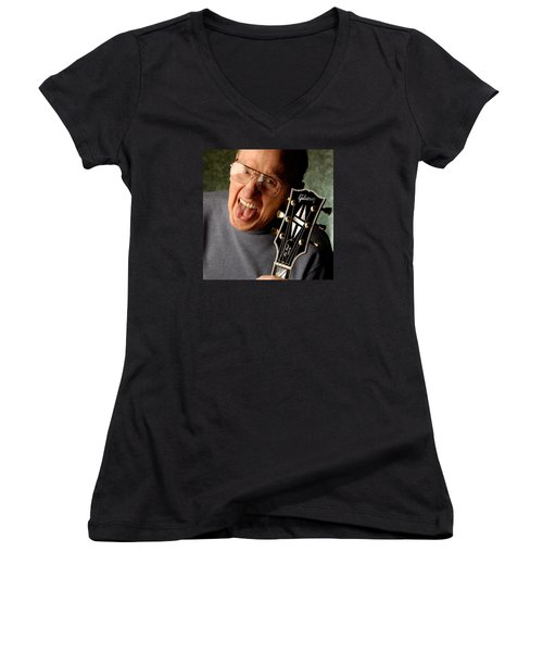 Les Paul With Tongue Out By Gene Martin Women's V-Neck T-Shirt