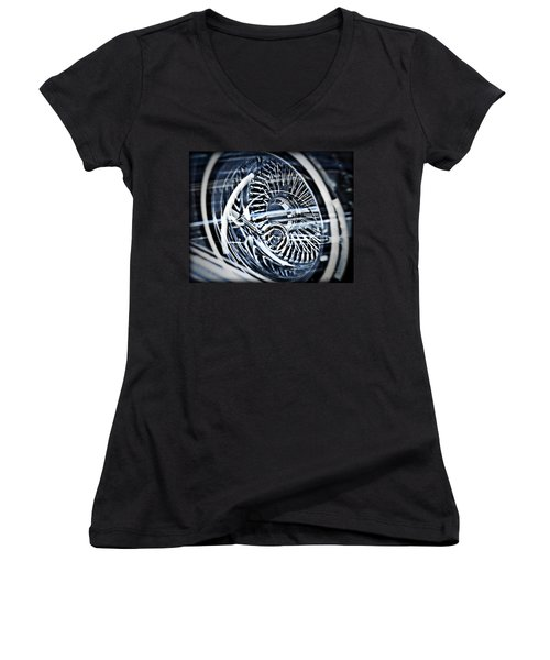 Lowrider Wheel Illusions 1 Women's V-Neck T-Shirt (Junior Cut)