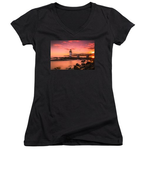 Maine Lighthouse Marshall Point At Sunset Women's V-Neck