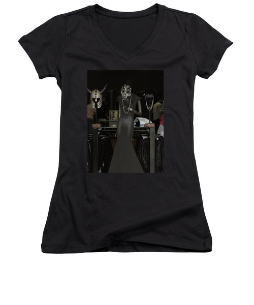 Melrose Avenue Witty Stile Women's V-Neck T-Shirt
