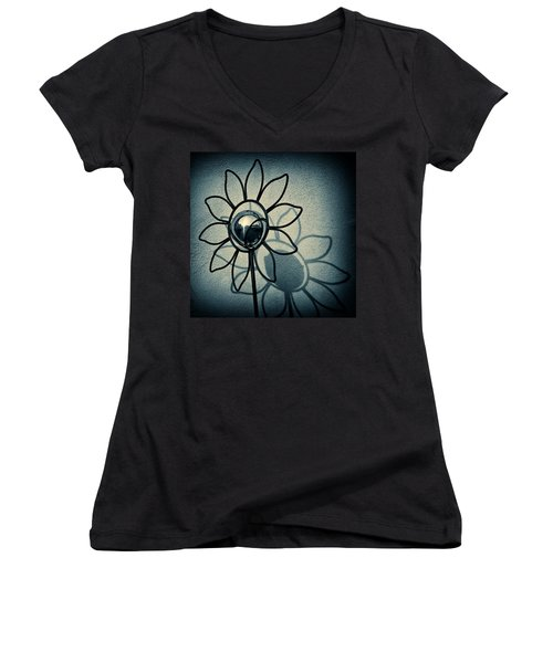 Metal Flower Women's V-Neck