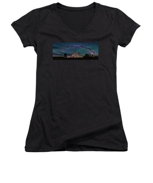 Milky Way Arch Over Moulton Barn Women's V-Neck
