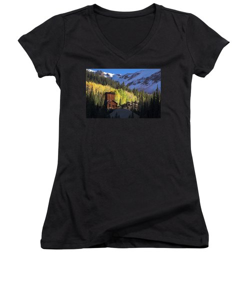 Mining Ruins Women's V-Neck T-Shirt