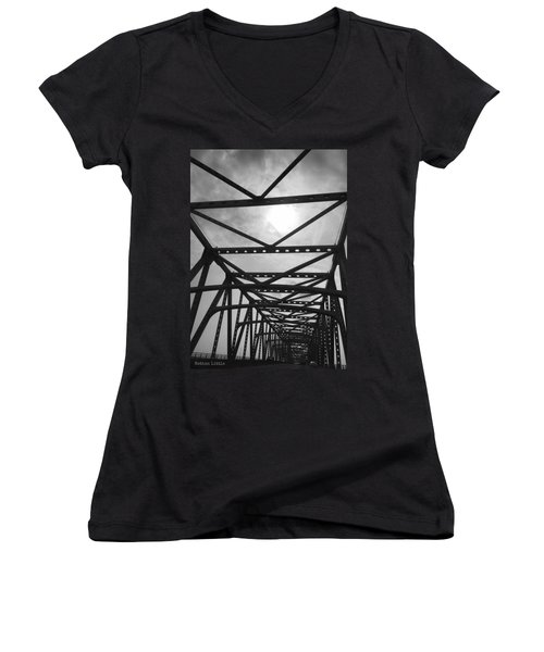 Mississippi River Bridge Women's V-Neck