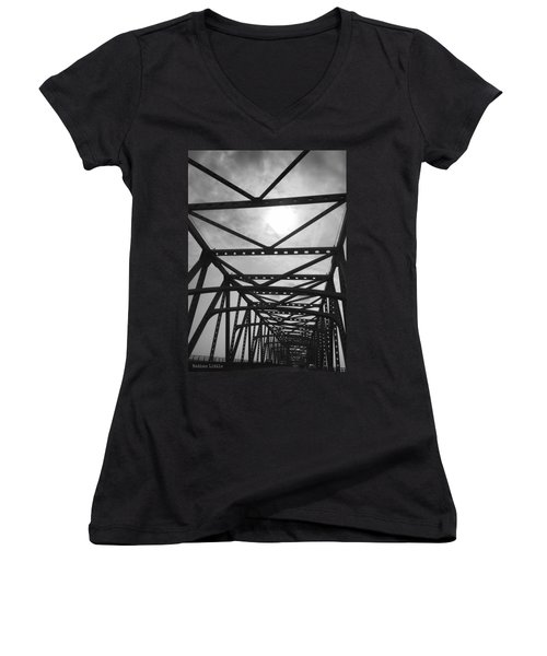 Mississippi River Bridge Women's V-Neck (Athletic Fit)