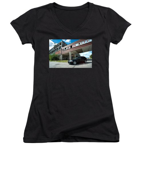 Mo Or City Women's V-Neck (Athletic Fit)