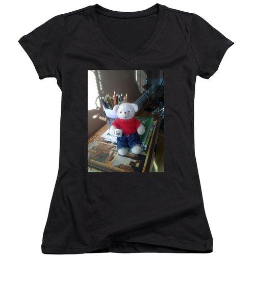 Monty At Writing Desk Women's V-Neck T-Shirt