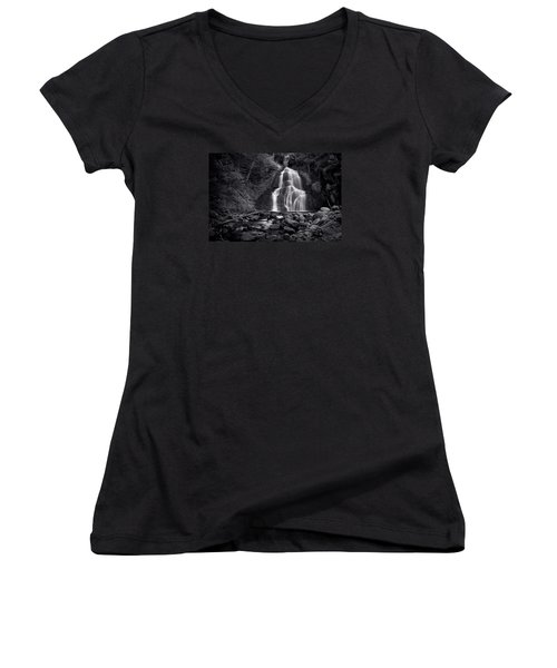 Moss Glen Falls - Monochrome Women's V-Neck T-Shirt