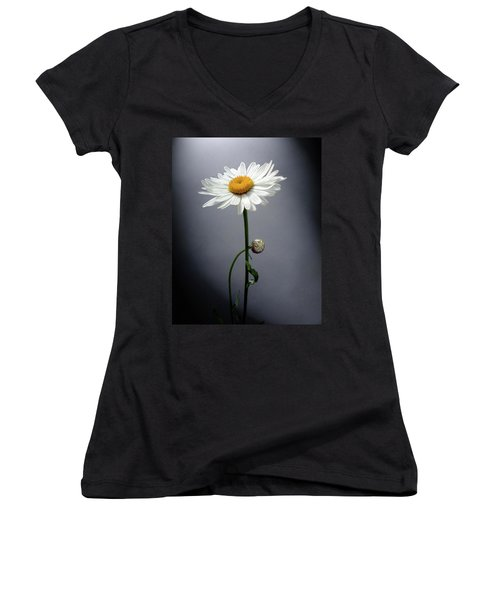 Mother Daisy Women's V-Neck