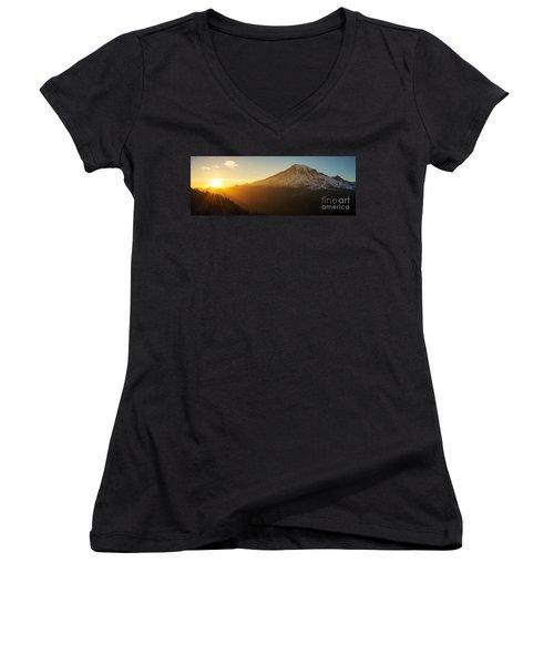 Mount Rainier Evening Light Rays Women's V-Neck T-Shirt