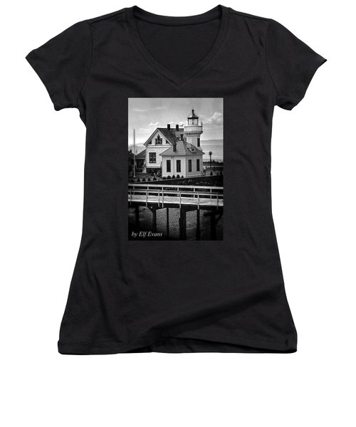 Women's V-Neck T-Shirt featuring the photograph Mukilteo Lighthouse by Elf Evans