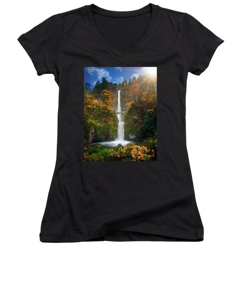 Multnomah Falls In Autumn Colors -panorama Women's V-Neck T-Shirt