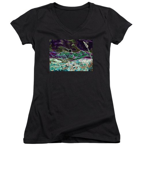 Neon Moon Women's V-Neck