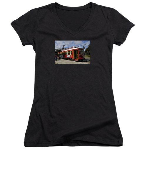 New Orleans Street Car Women's V-Neck T-Shirt