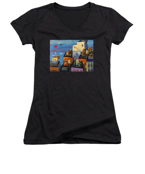 New York,red Bridge Women's V-Neck T-Shirt