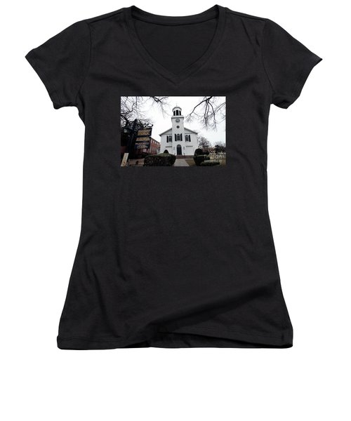 St. Georges Church Episcopal Anglican Women's V-Neck