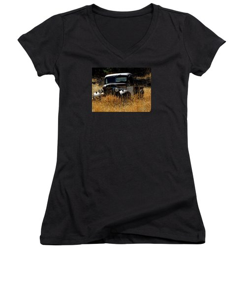 Old Pickup Truck Women's V-Neck T-Shirt